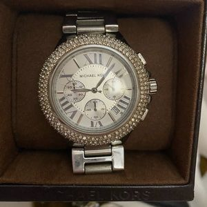 Michael Kors Camille Pave watch - Silver.